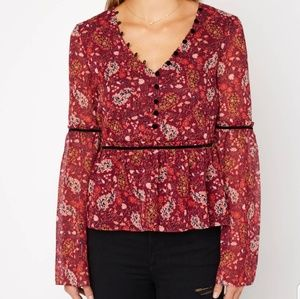Cupcakes and Cashmere New Daphnie Floral Blouse 10